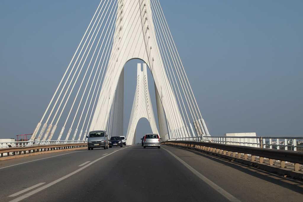 Autobahnbrücke bei Portimao in Portugal