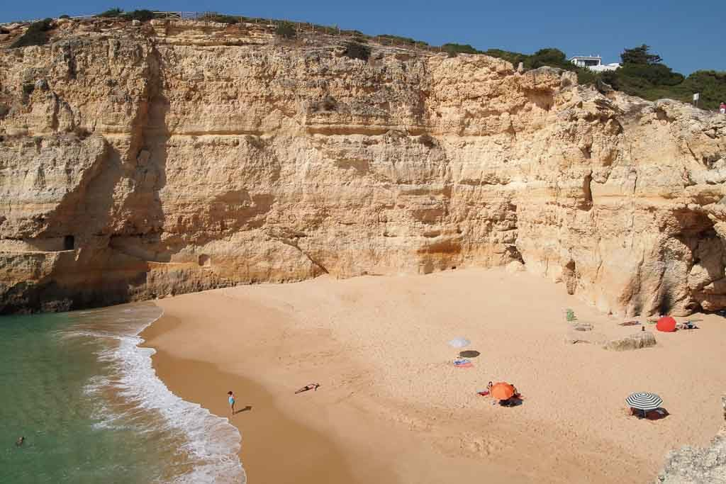Schmugglerstrand Praia do Carvalho in Portugal an der Algarve