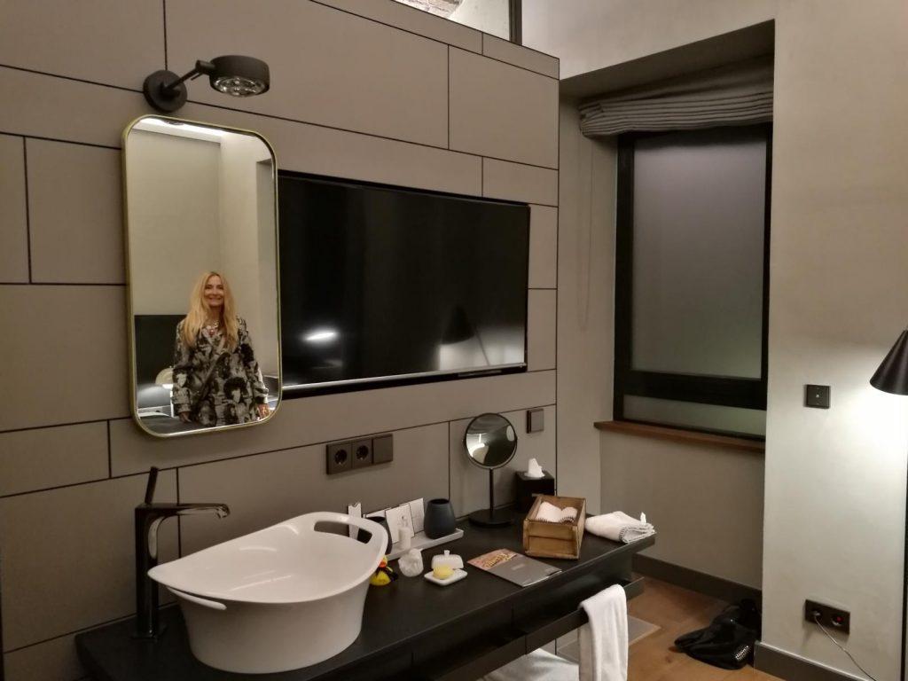 Unser modernes Badezimmer im Hotel Liberty Offenburg