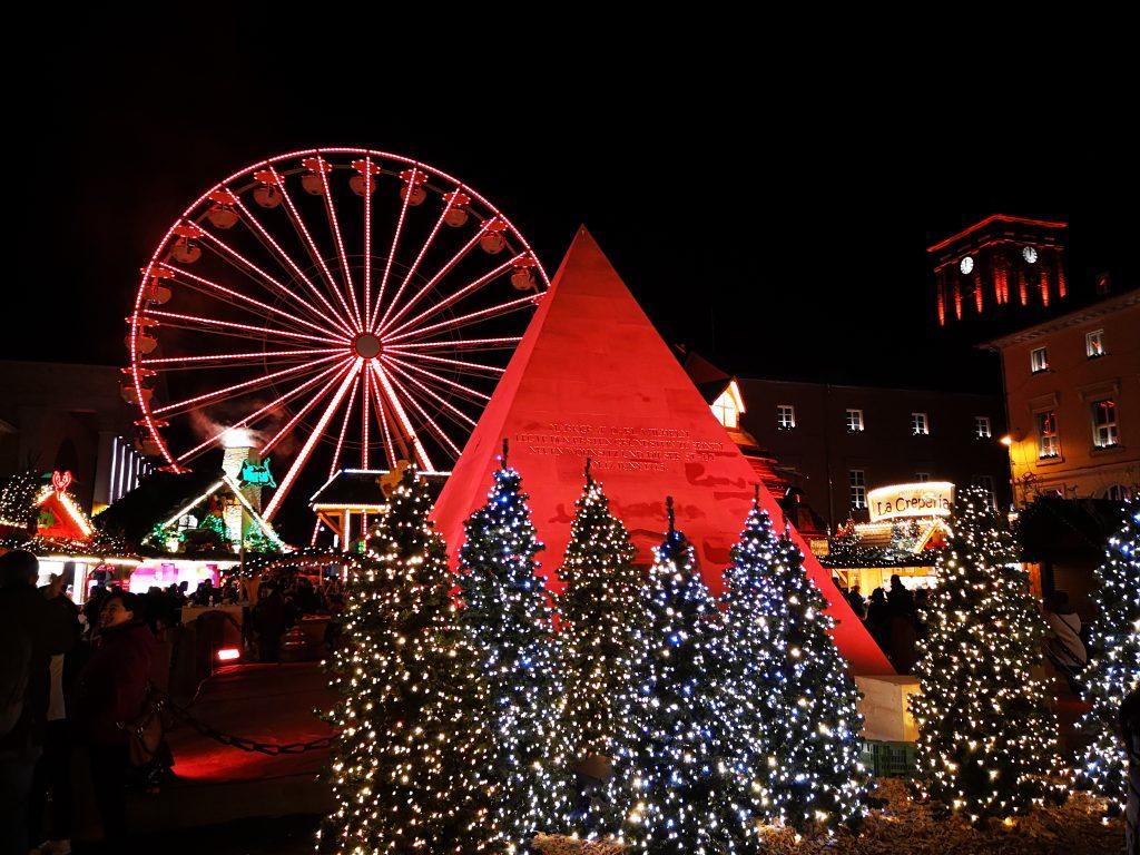 Foto: Lichtweihnacht am Marktplatz Karlsruhe