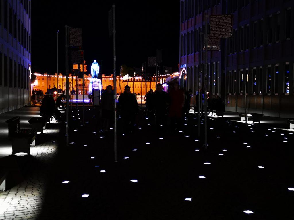 Foto: Platz der Grundrechte in Karlsruhe
