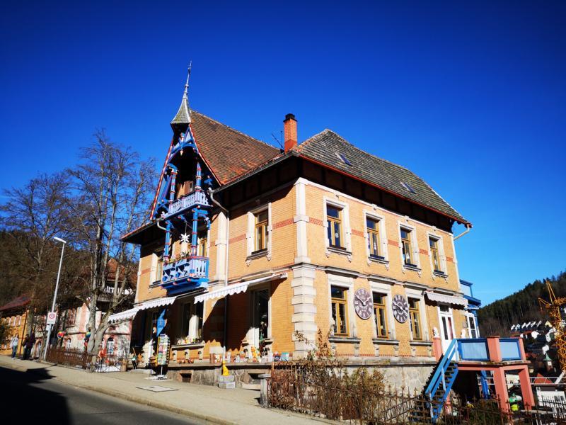 Foto: Historisches Gebäude in Triberg