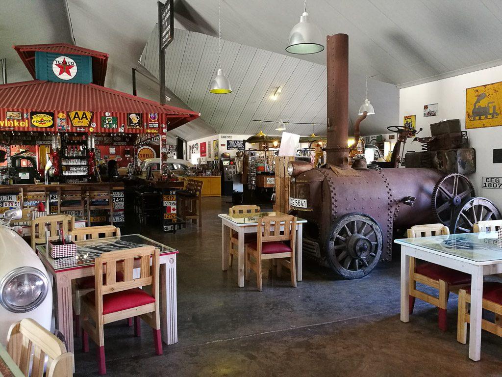 Restaurant im Roadhouse auf dem Weg zum Fishriver Canyon in Namibia