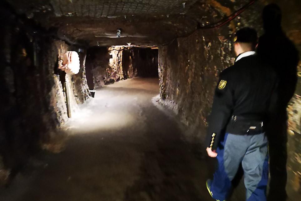 STOLLEN IN DEN SALZWELTEN - Hallstatt