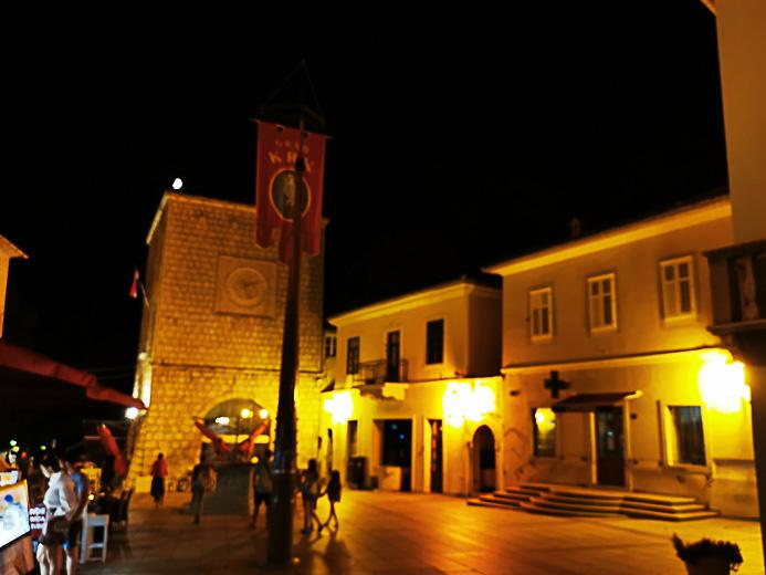 Abendstimmung in der Altstadt von Krk in Kroatien