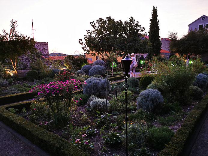 Garten in Sibenik - Kroatien