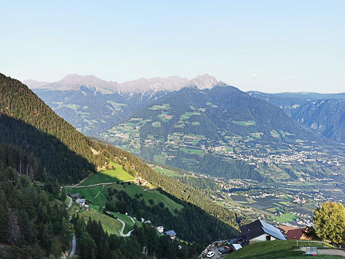 Blick vom Berg Hochmuth auf die Umgebung